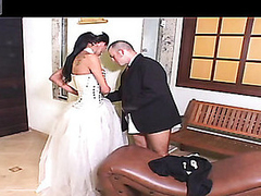 Titillating shemale bride can