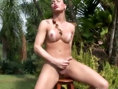 Tranny Fretting One Out in the Hot Sun