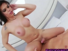 Horny tranny Danielly Colucci wanted a meaty dick